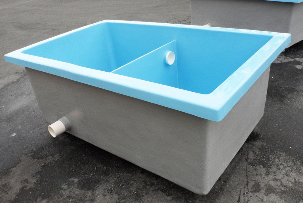 Fiberglass tanks for aquaponics aquaponics at home for Aquaculture fish tanks