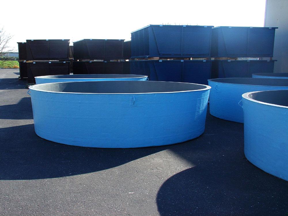 Customized Chemical Storage Tanks 916 383 9012 DT Fiberglass Inc
